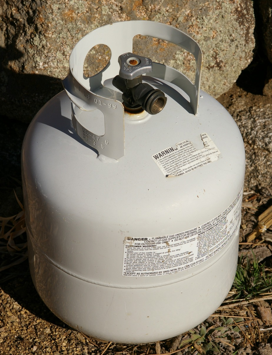 How to Cut a Propane Tank in Half Without Dying